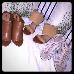 bundle of women's shoes